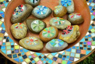 bunte Mosaiksteine selbst verlegt