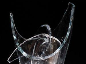 Glas nicht repariert, kaputt