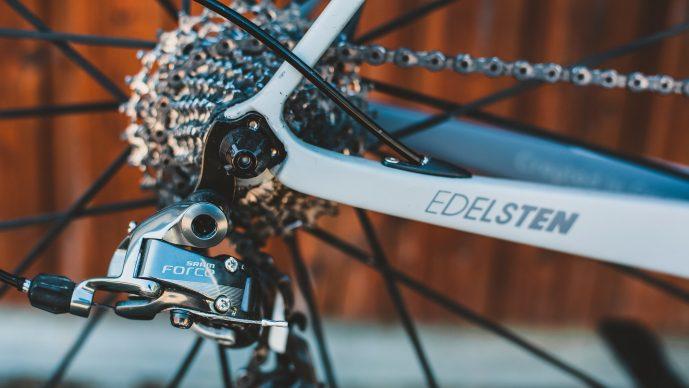Fahrradkette spannen